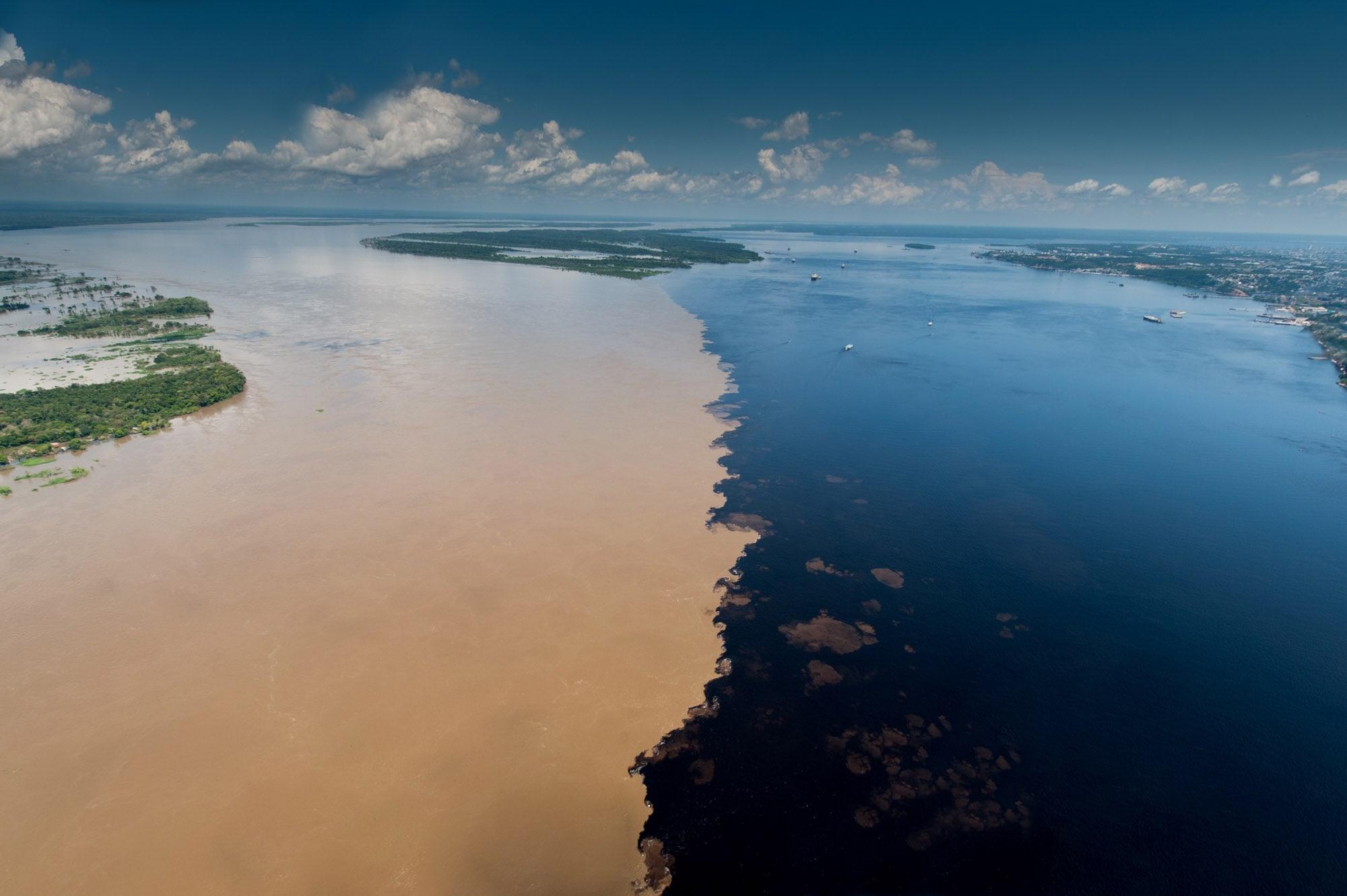 Rencontre des eaux amazonie